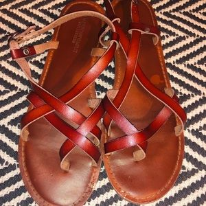 Brown Strappy Sandals!